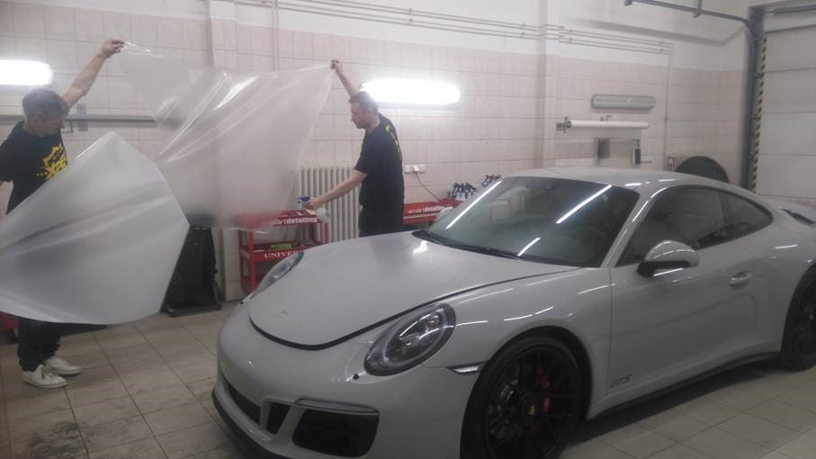 porsche_911_carera_gts_xpel_ultimate_hood2