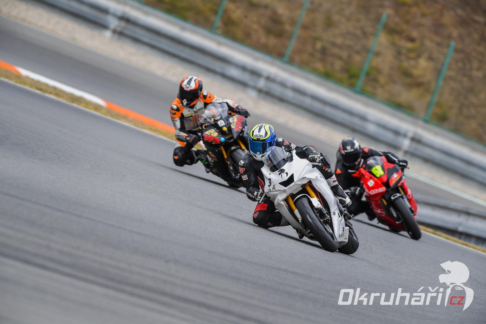 metzeler-racetec-RR-K1-05