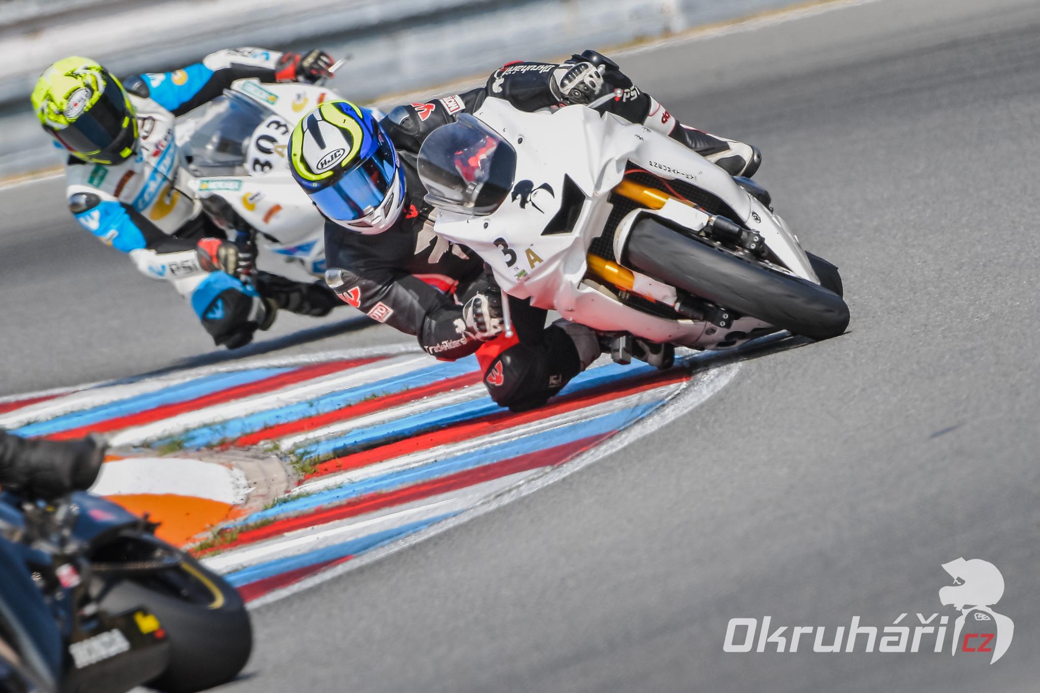 metzeler-racetec-RR-K1-06