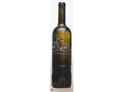 Víno s z vinařství Vladimír Tetur s cykloetiketou