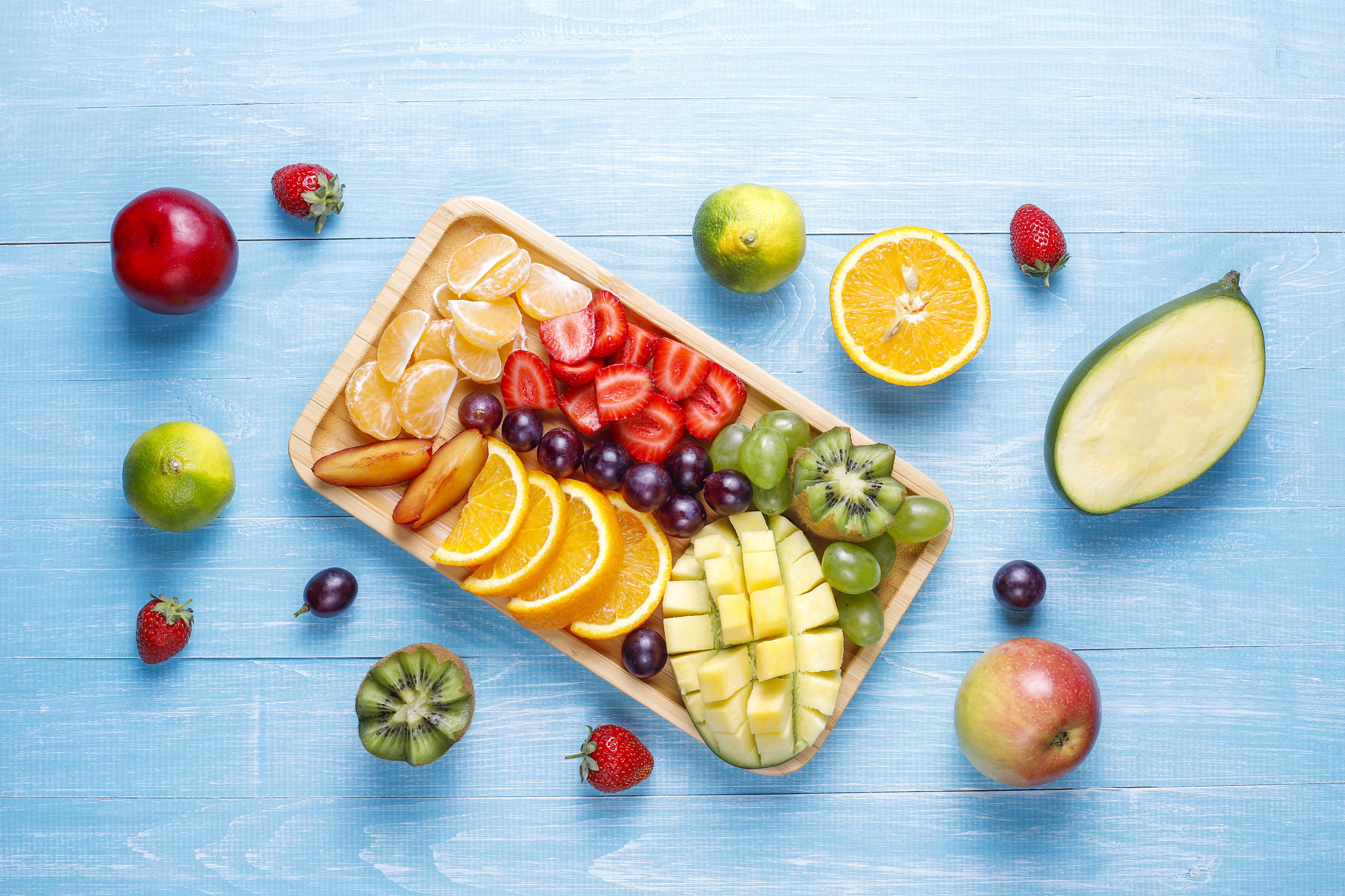 fruits-berries-platter-vegan-cuisine