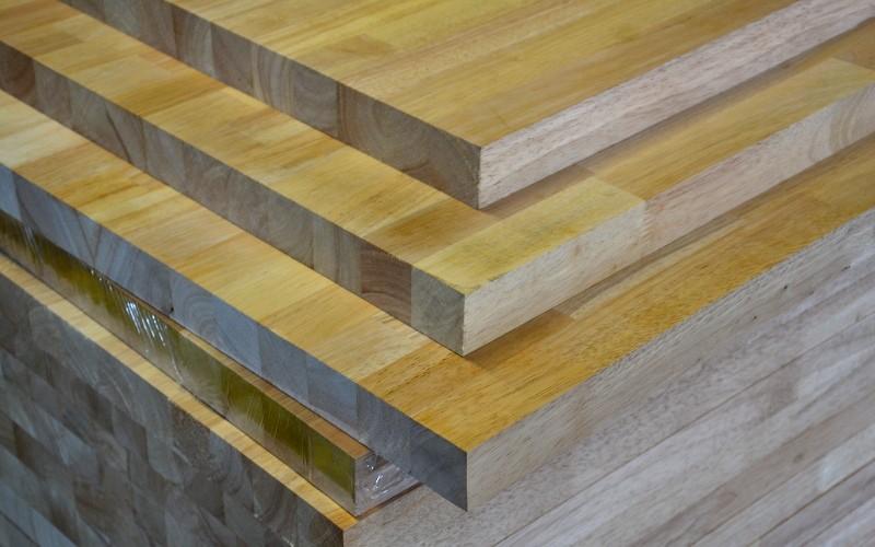 drevene-desky-kontakt