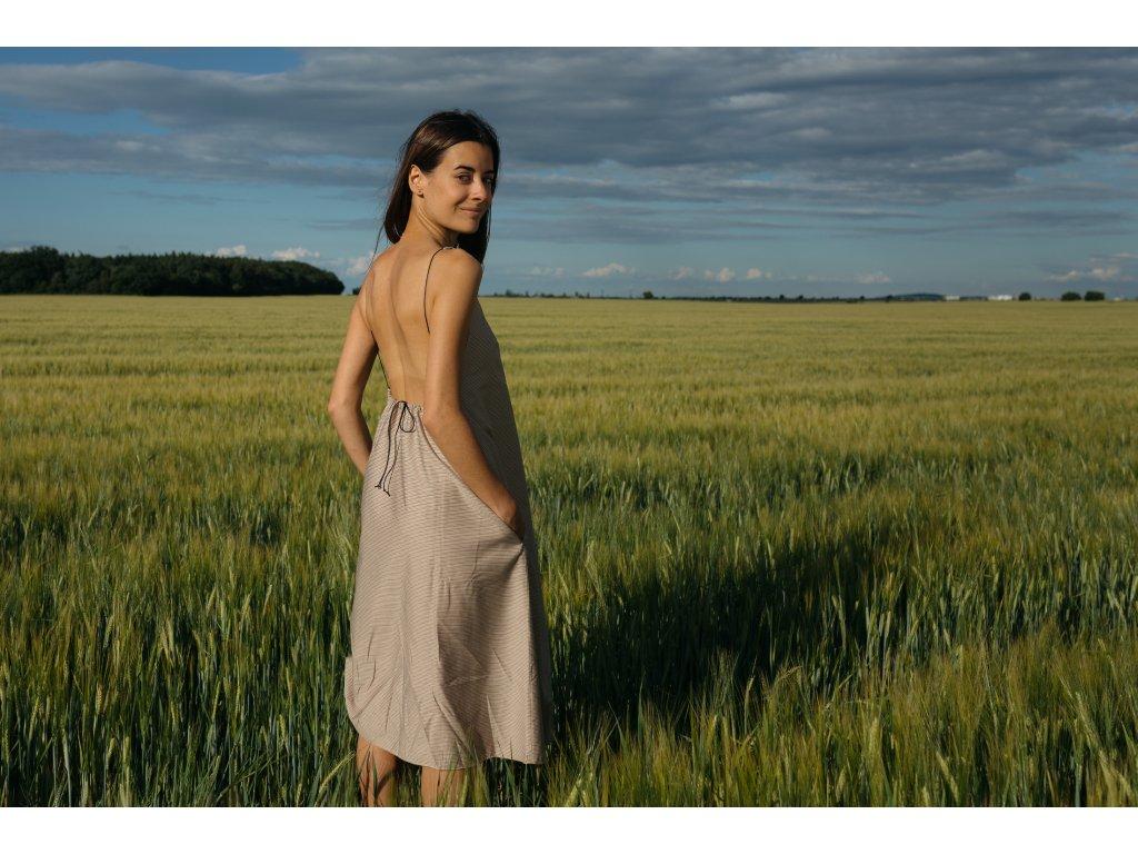 Vista short, šaty s odhalenými zády