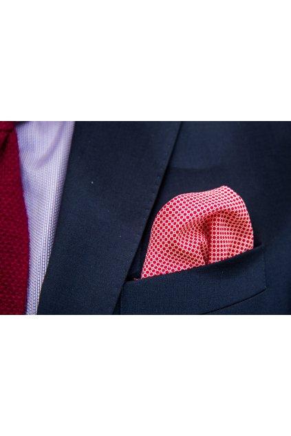 Kapesníček červený puntíkovaný