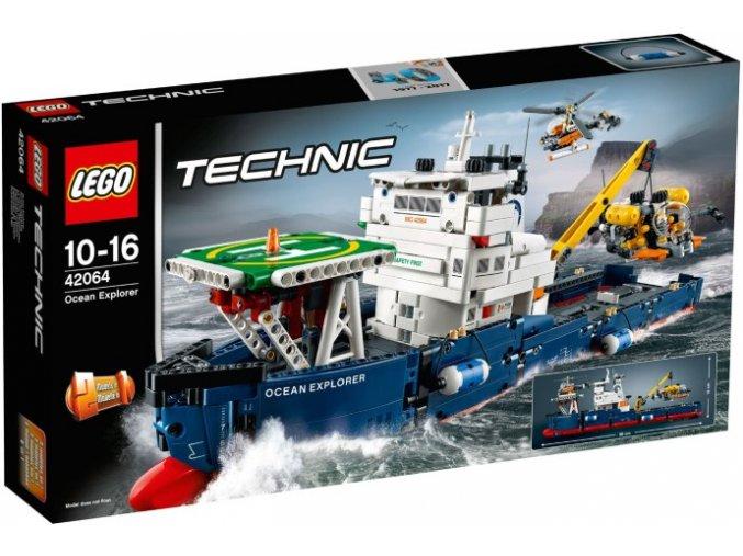 Lego TECHNIC 42064 Výzkumná oceánská loď  + volná rodinná vstupenka do Muzea LEGA Tábor v hodnotě 370 Kč