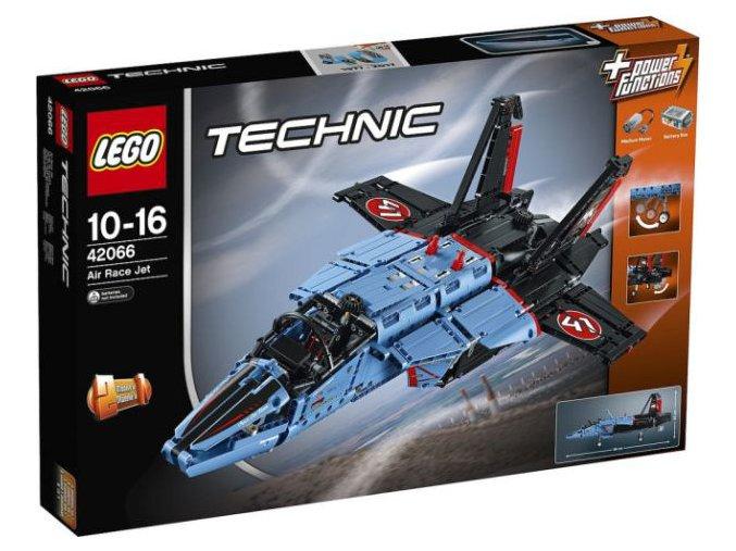 LEGO Technic 42066 Závodní stíhačka  + volná rodinná vstupenka do Muzea LEGA Tábor v hodnotě 370 Kč
