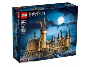 LEGO Harry Potter 71043 Bradavický hrad  + volná rodinná vstupenka do Muzea LEGA Tábor v hodnotě 370 Kč