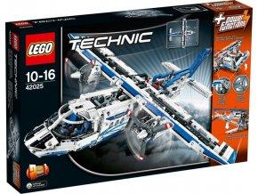 LEGO Technic 42025 Nákladní letadlo  + volná rodinná vstupenka do Muzea LEGA Tábor v hodnotě 370 Kč