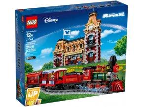 LEGO DISNEY 71044 Vlak a nádraží Disney  + volná rodinná vstupenka do Muzea LEGA Tábor v hodnotě 370 Kč
