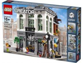 LEGO Creator 10251 Banka z kostek  + volná rodinná vstupenka do Muzea LEGA Tábor v hodnotě 370 Kč