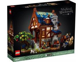 LEGO Ideas 21325 Středověká kovárna  + volná rodinná vstupenka do Muzea LEGA Tábor v hodnotě 370 Kč