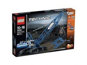 Lego TECHNIC 42042 Pásový jeřáb  + volná rodinná vstupenka do Muzea LEGA Tábor v hodnotě 370 Kč