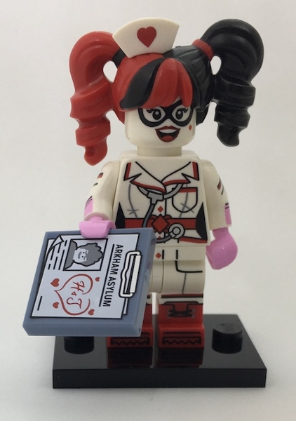 LEGO 71017 minifigurky The LEGO BATMAN Movie - 13. Nurse Harley Quinn