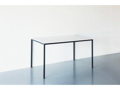 Základní pracovní stůl pro 1 - 2 osoby