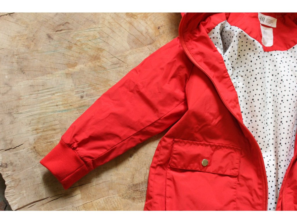 červená jarní bundička HM 4-5Y