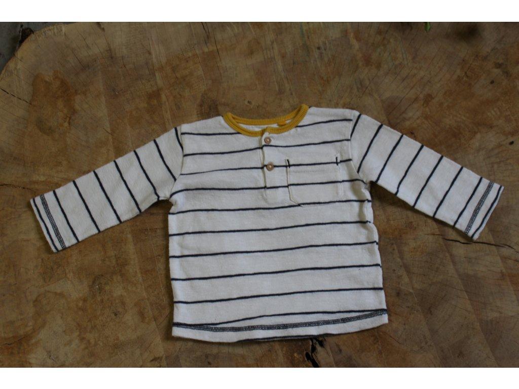 bílé triko s modrým proužkem a žlutým lemem Next 9-12M