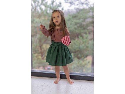 zelená sukně