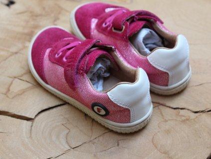 nové barefoot tenisky v růžové Filii 24
