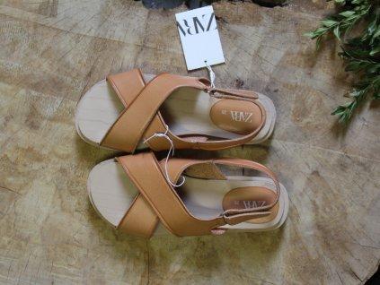 nové béžové sandále dřeváčky Zara 35