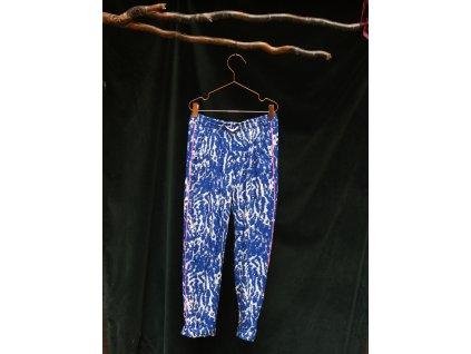modro-bílé žíhané viskozové kalhoty H&M 10-11Y