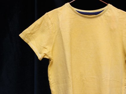 žluté tričko Next 134