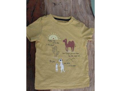 bavlněné hořčicové tričko s nápisem C&A 92