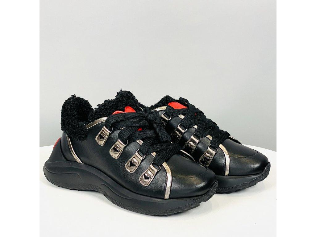 Černé kožené boty Love Moschino s kožešinkou
