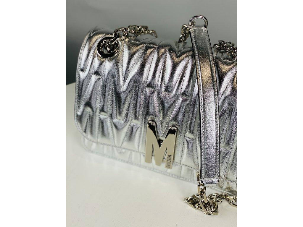 Stříbrná, kožená kabelka MOSCHINO couture se stříbrným řetízkem přes rameno