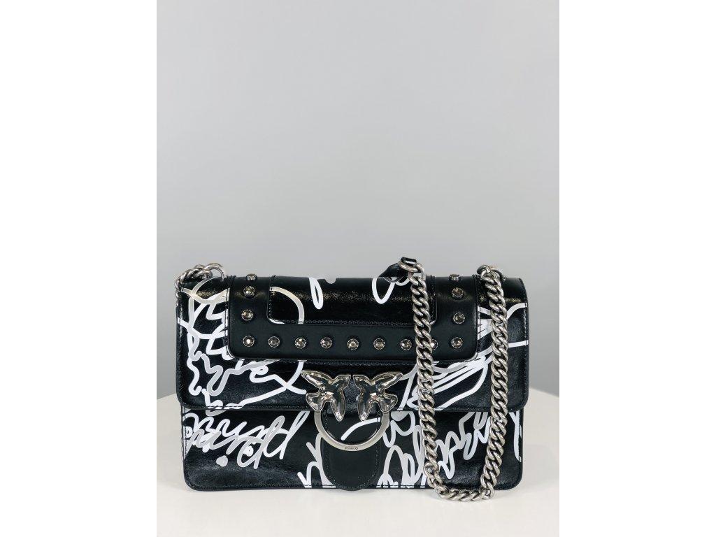 Černá kožená kabelka PINKO s bílým popisem