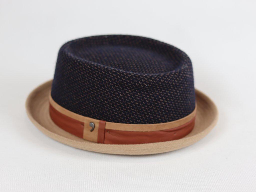 Alfonso D'Este Pork Pie béžovo-modrý klobouk s koženým páskem