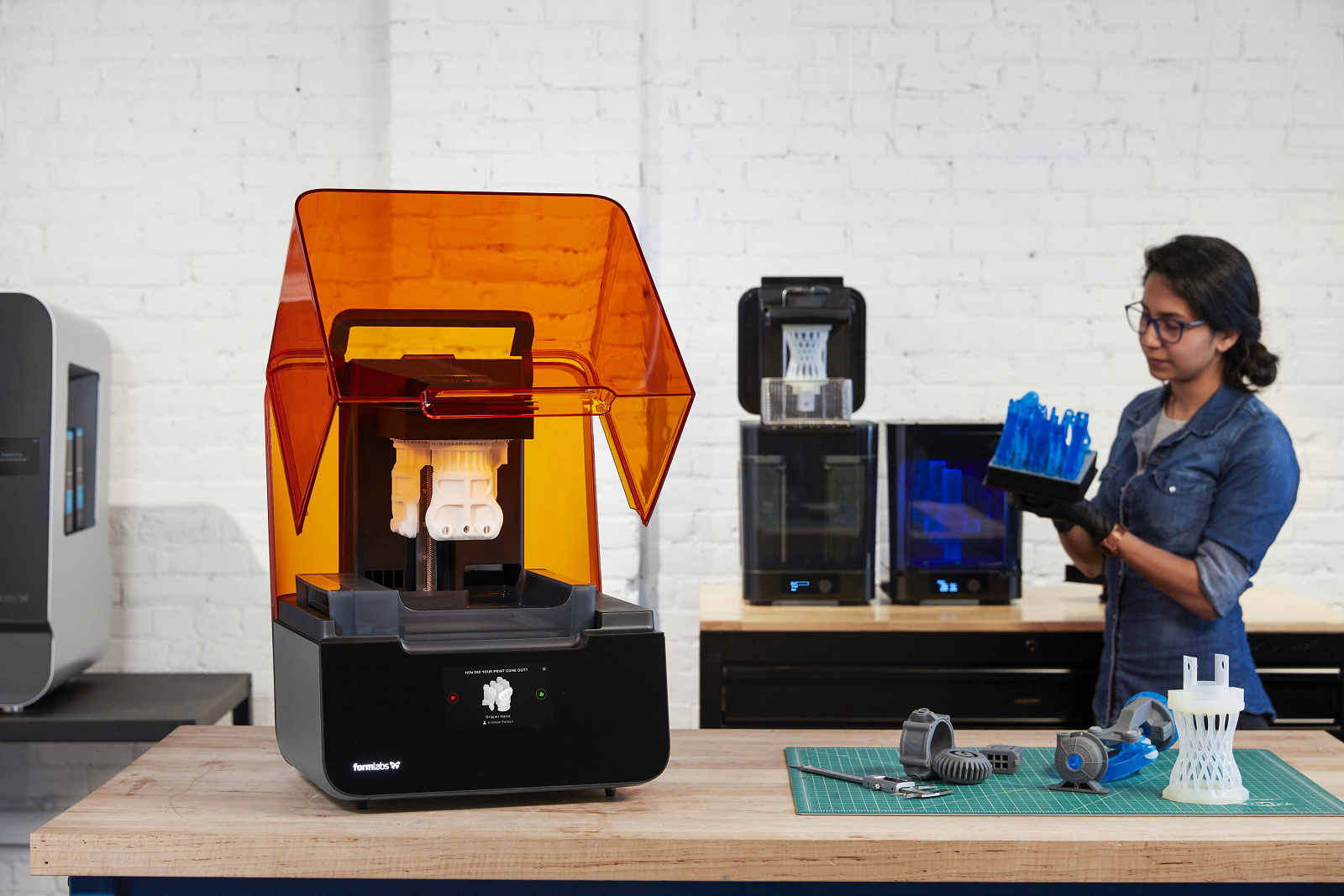 Formlabs-Form-3-ecosystem-06172019_F3 ads_251