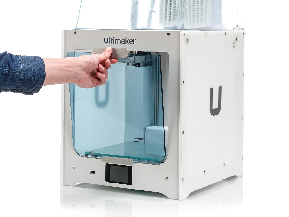ultimaker-2-plus-connect-air-manager-instalace10