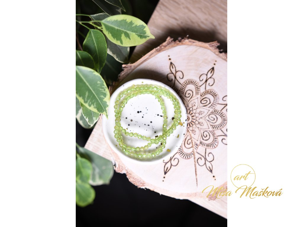 Olivín (peridot) broušený náramek 4mm (láska, peníze, štěstí, radost) AA kvalita