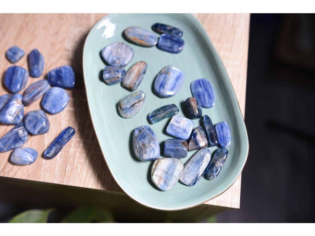 Nádherný leštěný kyanit AAA extra kvalita (umění, ochrana, inspirace, průvodce umělců, duchovní podpora) 2 kousky v balení