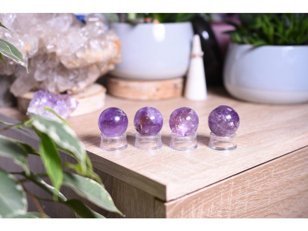 Ametystová koule AAA kvalita (duchovno, meditace, ochrana) S