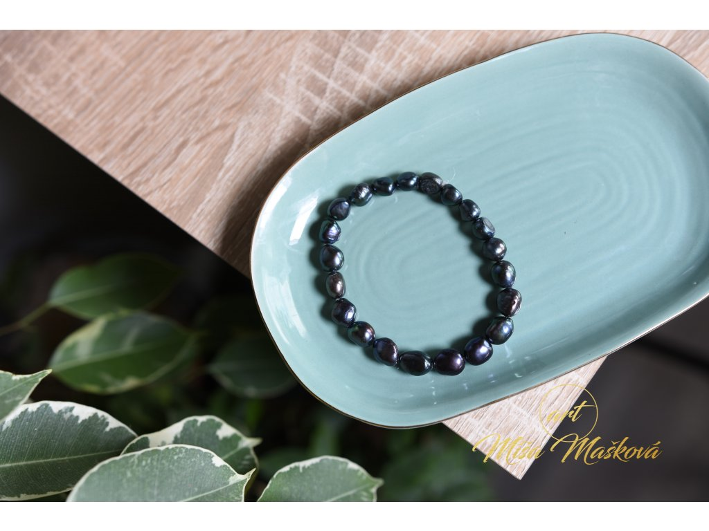 Přírodní říční perly černé (velké, ochranné)