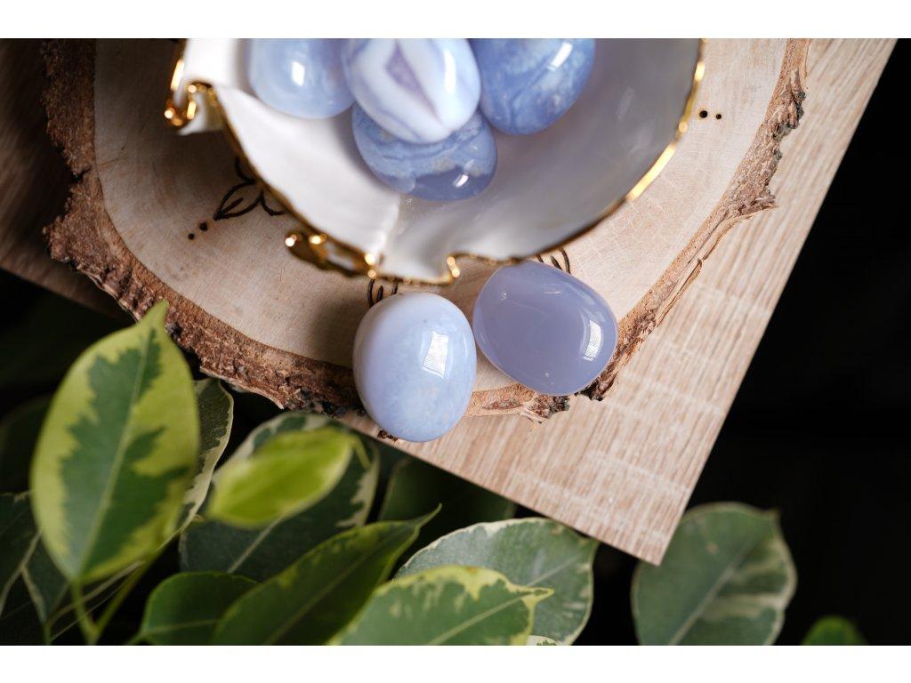 Modrý chalcedon L (proti depresím, očistný) krásná jemná barva