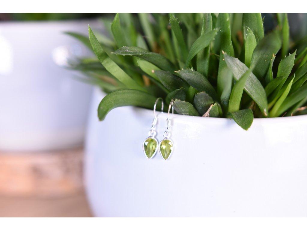 Náušnice olivín ve stříbře AA kvalita (štěstí, radost, láska, hojnost, peníze)