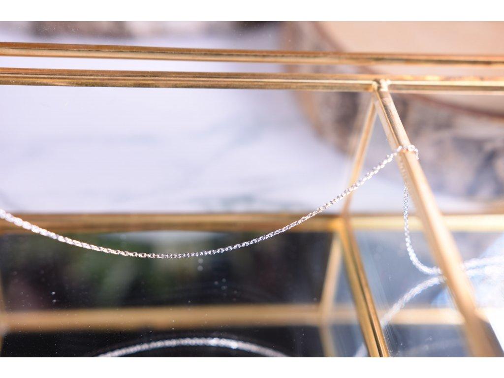 Něžný stříbrný řetízek 42 cm