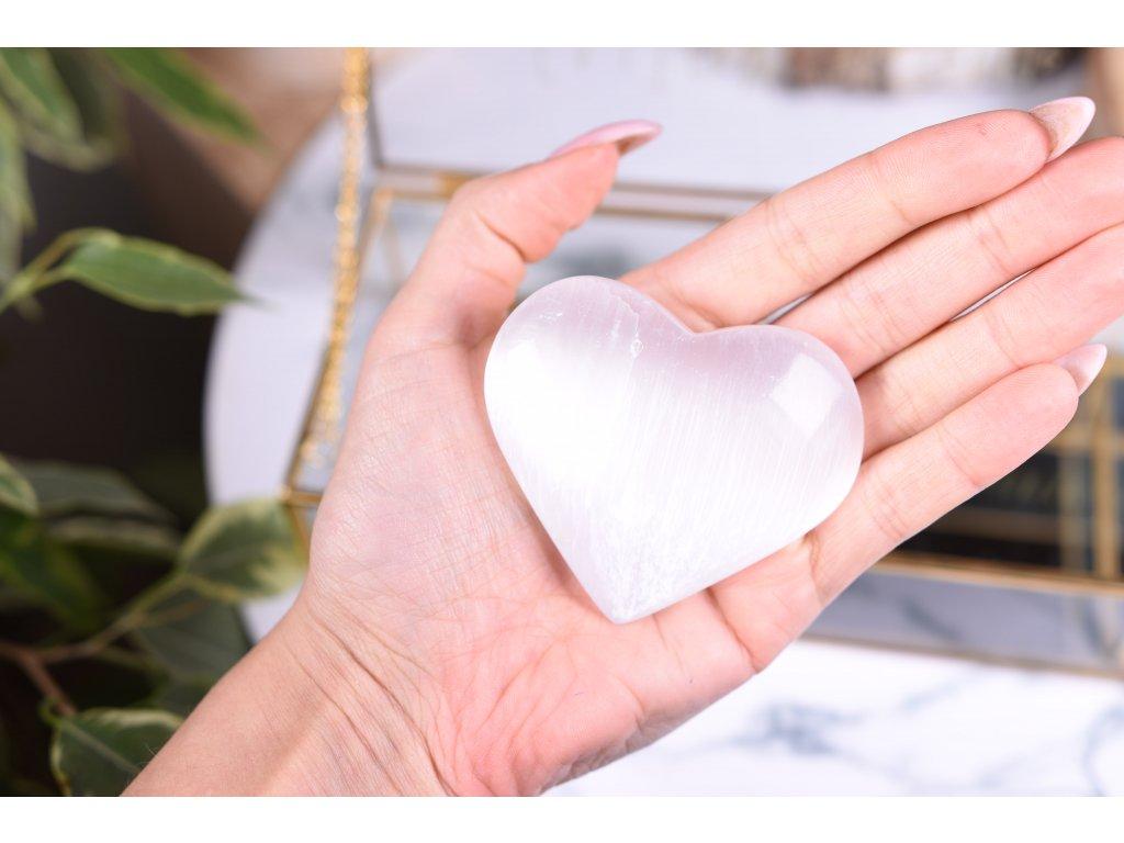 selenit srdce 150