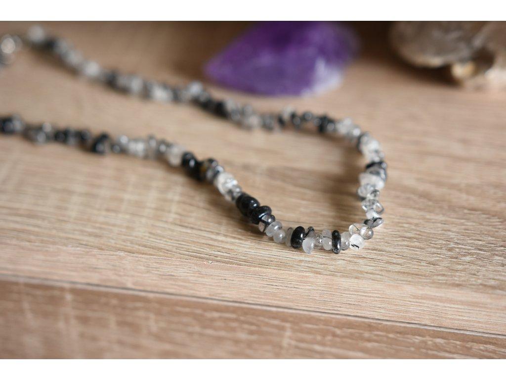 Křišťál s turmalínem sekaný náhrdelník se zapínáním, silná ochrana