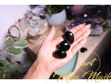 Nádherný kouřový obsidián AA kvalita (silná ochrana, rozpouští deprese, smutky, špatné sny, chrání při práci s duchovnem, odstranění bloků)