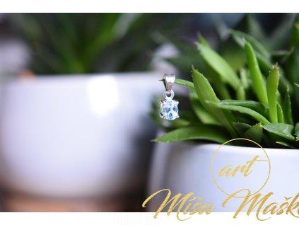 Okouzlující modrý topaz přívěsek ve stříbře broušený AA kvalita (komunikace, meditace, spojení s anděly)