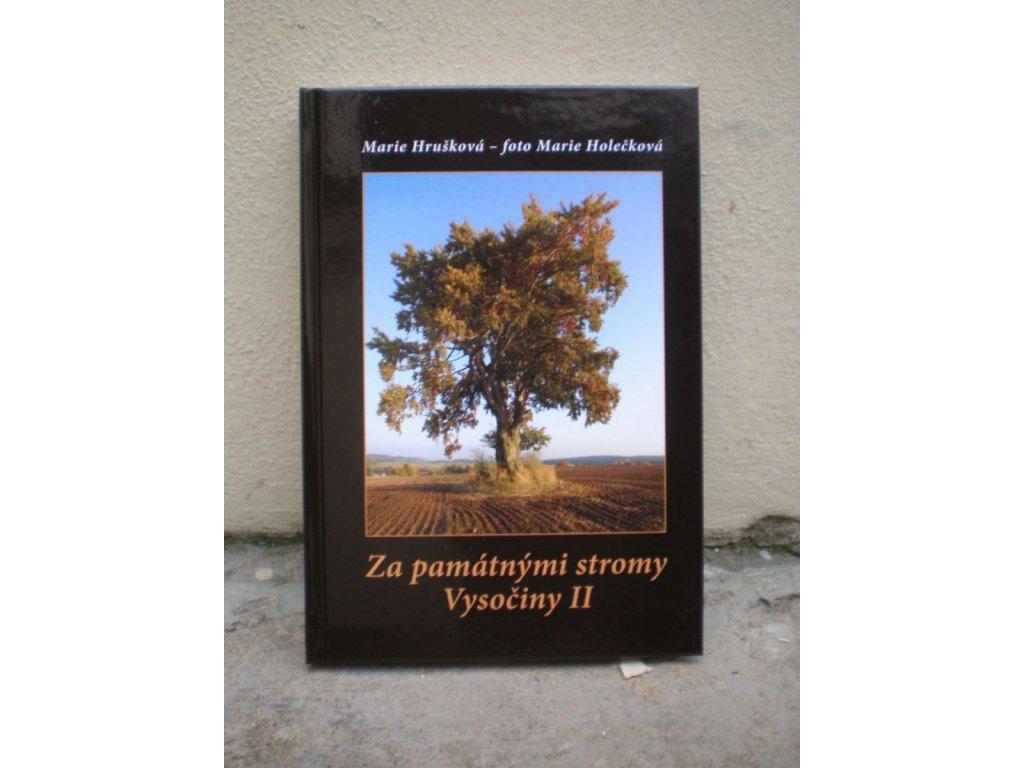 2303 za pamatnymi stromy vysociny ii