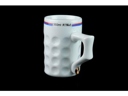 podtácek, pivní tácek, karlovarský porcelán, český porcelán, cesky porcelan, porcelán, Atelier Lesov, extrémní design, půllitr, třetinka, pivo, pivní hrnek, prst, nehet