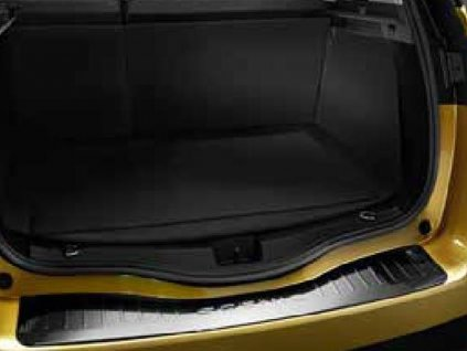 Ochrana hrany zavazadlového prostoru - vozy bez sklopného TZ
