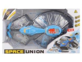 Vesmírná loď s doplňky na baterie