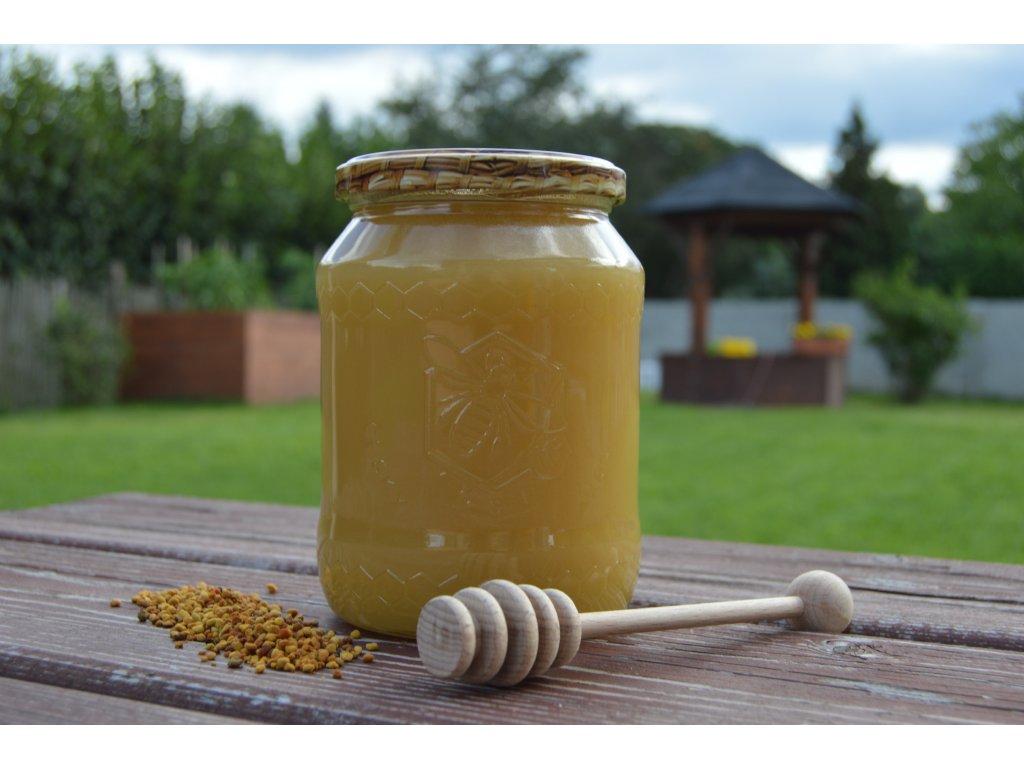 Pastovaný neboli Šlehaný MED   Whipped Honey