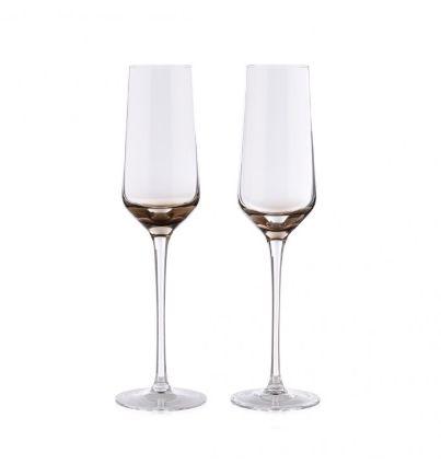 Víno a bar