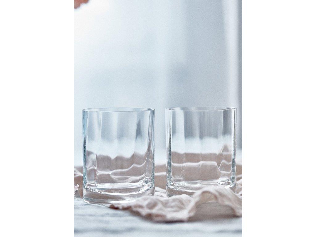 Optis na vodu nebo whiskey detail